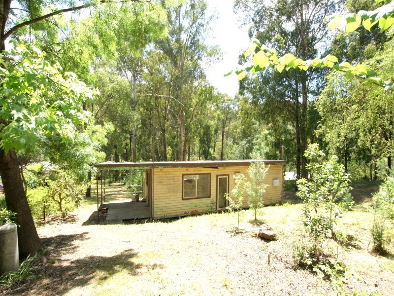 15 Reefton Drive, McMahons Creek, Vic 3799