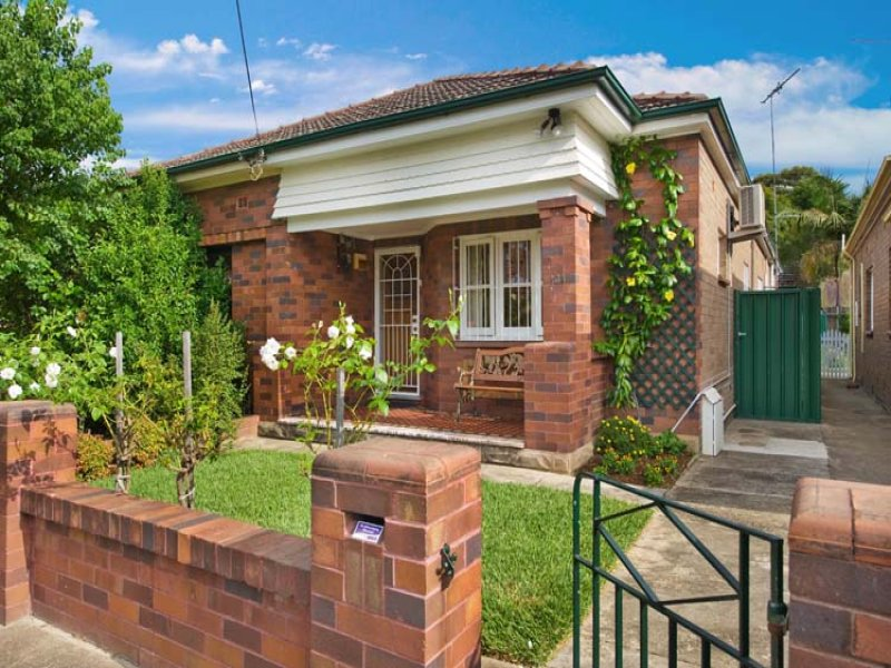 34 Hollands Ave, Marrickville, NSW 2204