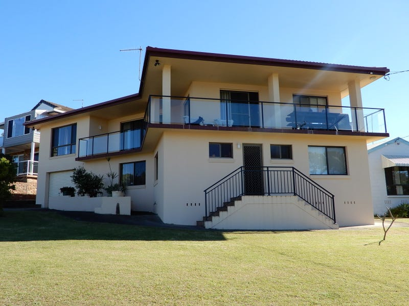 129 Diamond Head Drive, Sandy Beach, NSW 2456