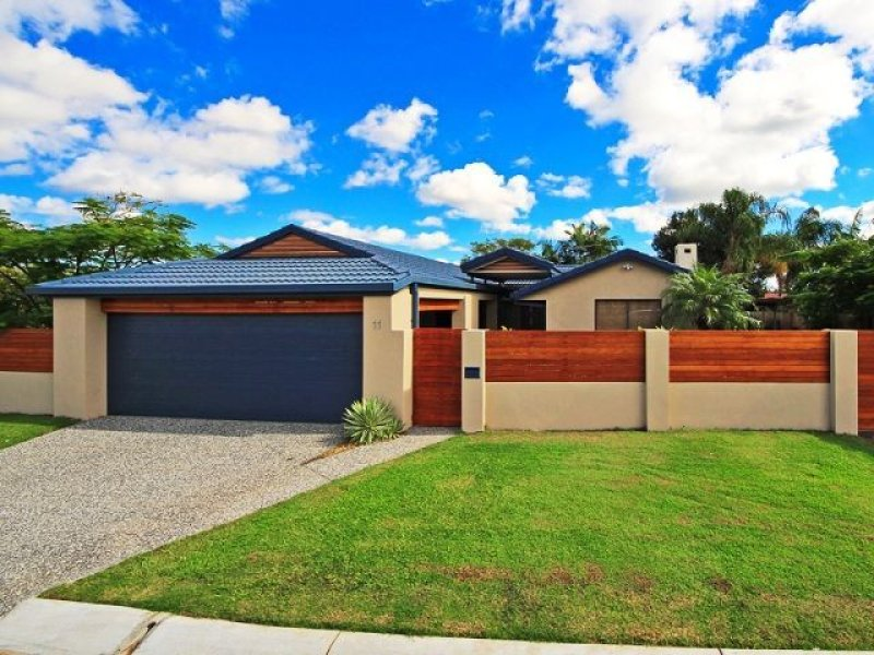 11 Glendevon Cr, Mount Warren Park, Qld 4207