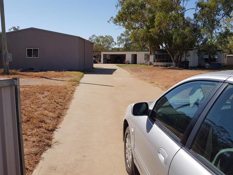 12 Potch Street, Lightning Ridge, NSW 2834