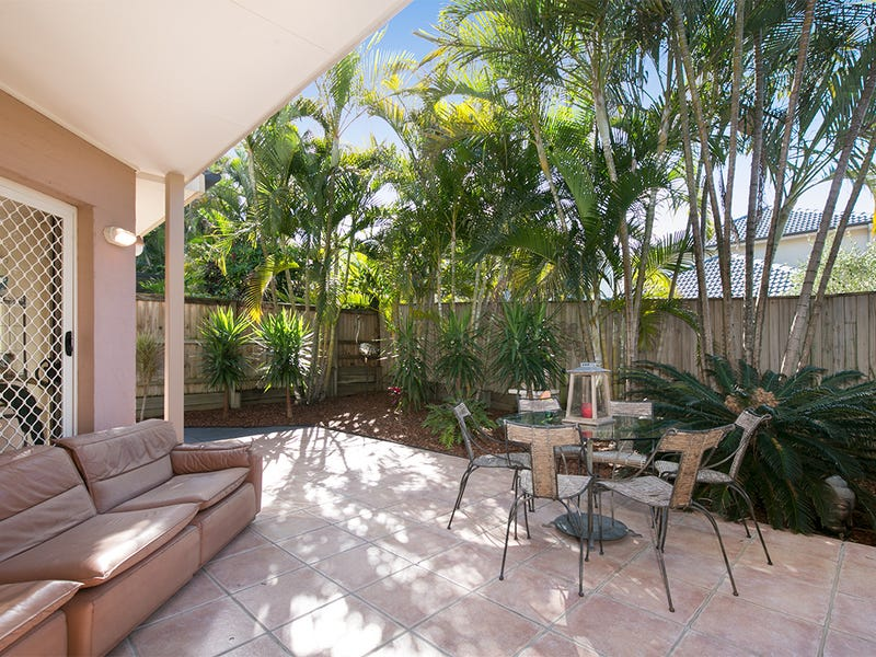 2/24 Prospect Terrace, St Lucia, Qld 4067