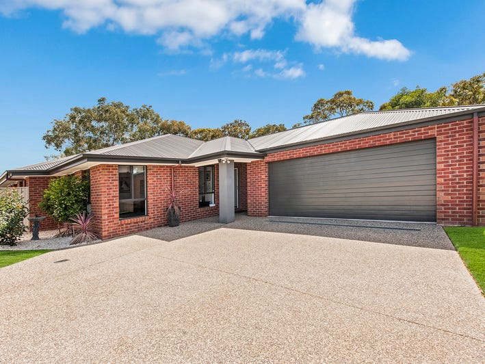 57  Lawson Circuit, Lavington