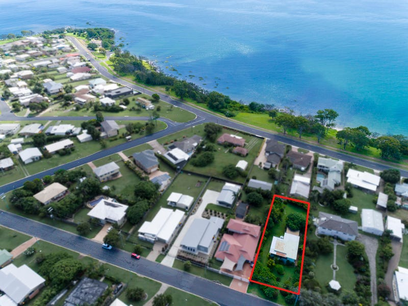 16 Long Street, Point Vernon, Qld 4655