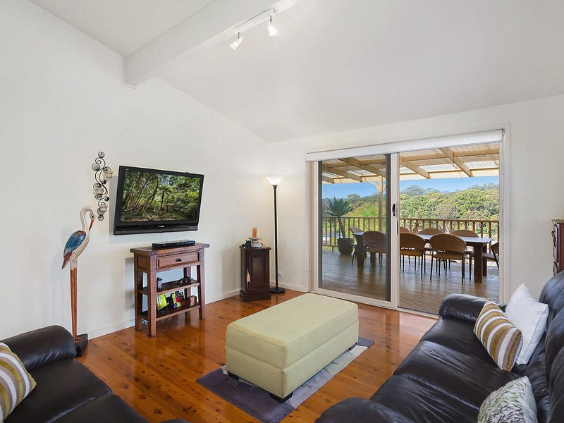 118 Old Gosford Road, Wamberal, NSW 2260