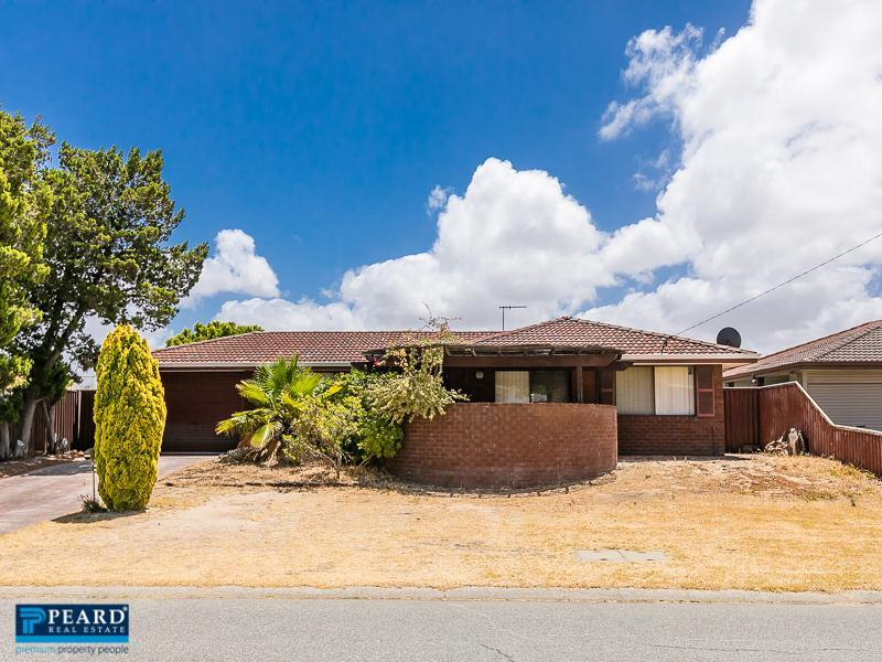 4 Livingstone Way, Padbury, WA 6025