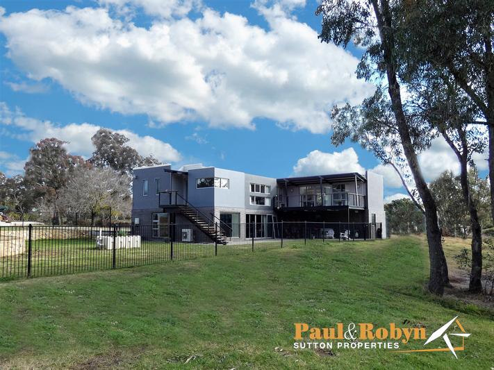 758 Macs Reef Road, Bywong, NSW 2621
