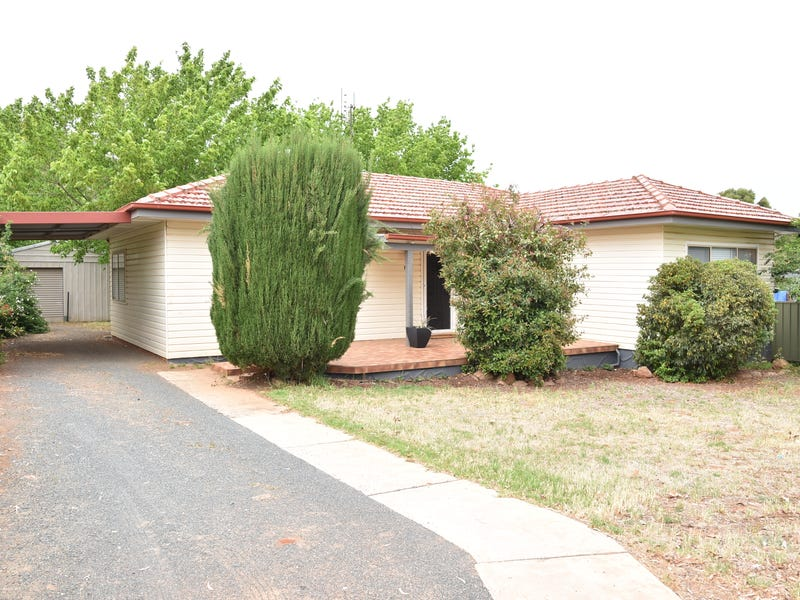 140 Kitchener Road, Temora, NSW 2666