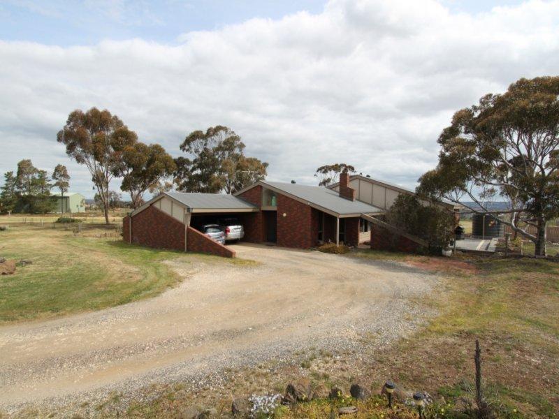 22 Hopetoun Park Road, Bacchus Marsh, Vic 3340