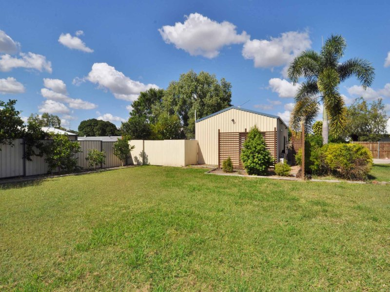 13 Brown Street, Towers Hill, Qld 4820
