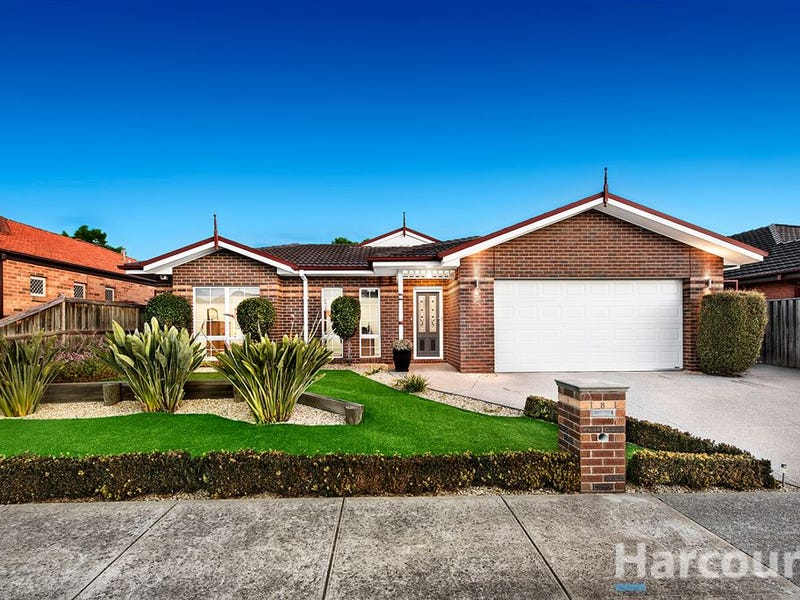 8 Saunders Crescent, Epping, Vic 3076