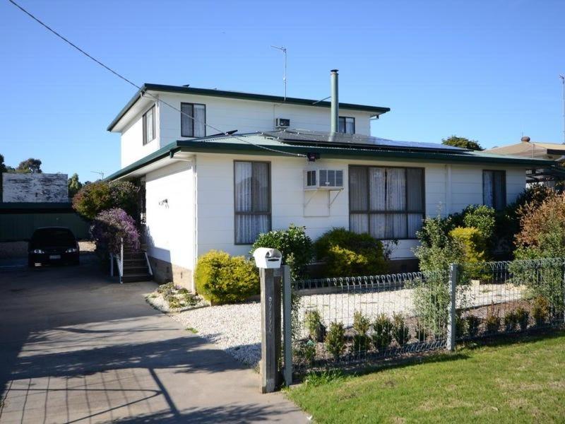 51 Bredt Street, Bairnsdale, Vic 3875