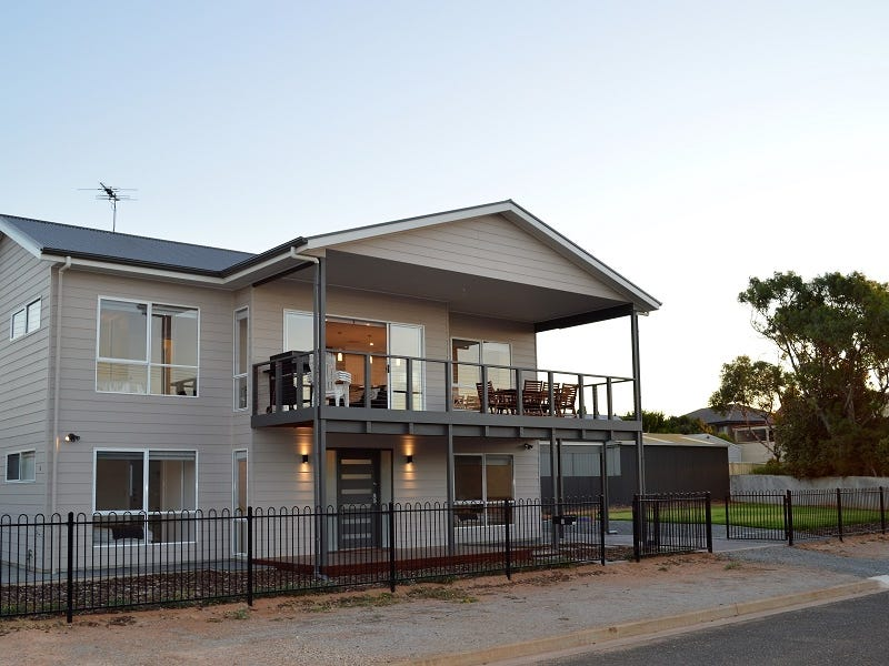 2 Wellington Avenue, Sellicks Beach, SA 5174