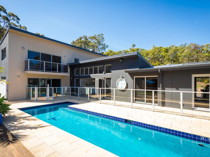 511 Sapphire Coast Drive, Tura Beach, NSW 2548
