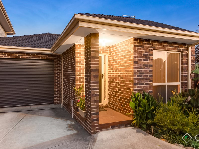 3/33 Portchester Boulevard, Beaconsfield, Vic 3807