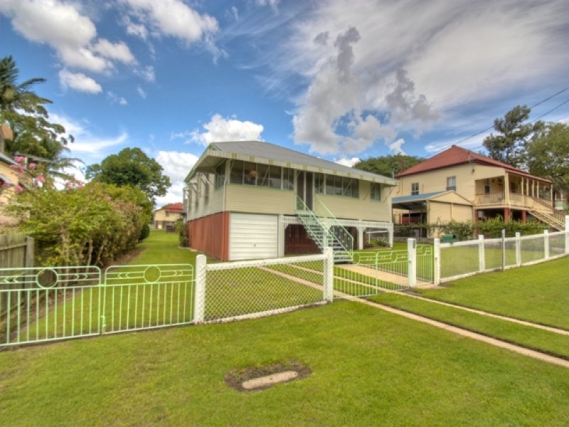 115 Woodend Rd, Woodend, Qld 4305