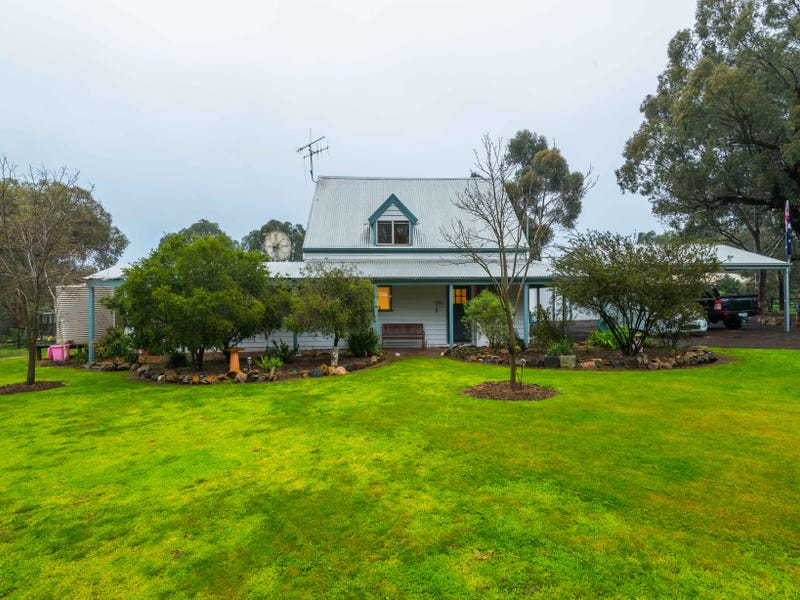 10 Trudgeons Road, Welshmans Reef, Vic 3462