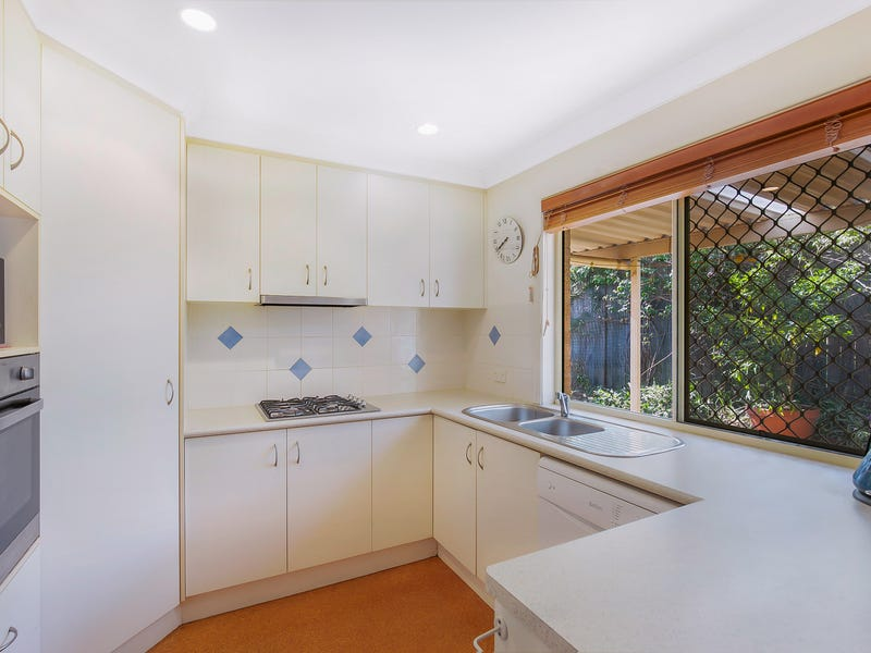 4/330 Hume Street, Centenary Heights, Qld 4350