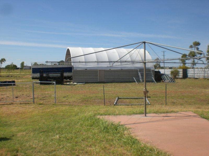 21 Flinders Highway, Hughenden, Qld 4821