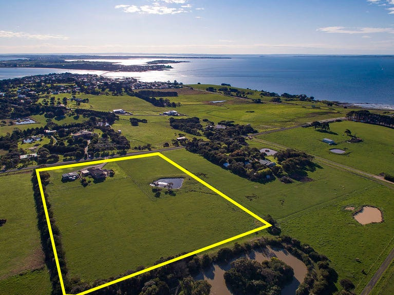 75 Potters Hill Road, San Remo, Vic 3925