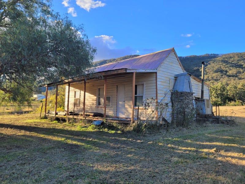 31 Hospital Hill Road, Araluen, NSW 2622