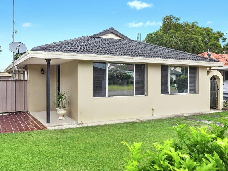 26 Mackenzie Avenue, Woy Woy, NSW 2256