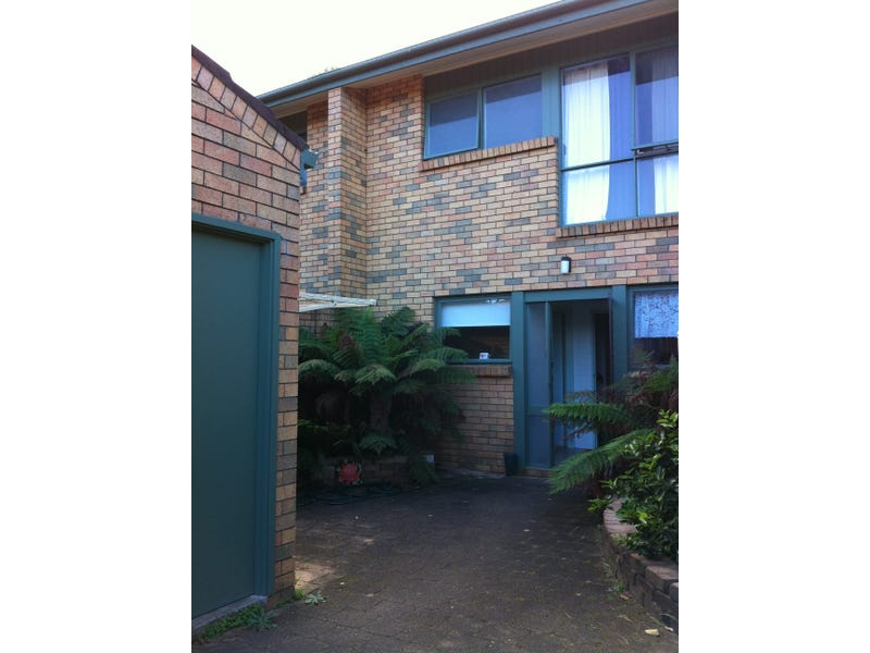 10/16 Native Way, Moruya Heads, NSW 2537