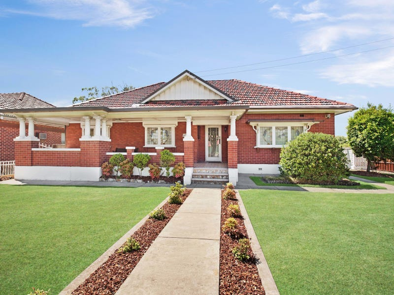 113 Stewart Avenue, Hamilton South, NSW 2303
