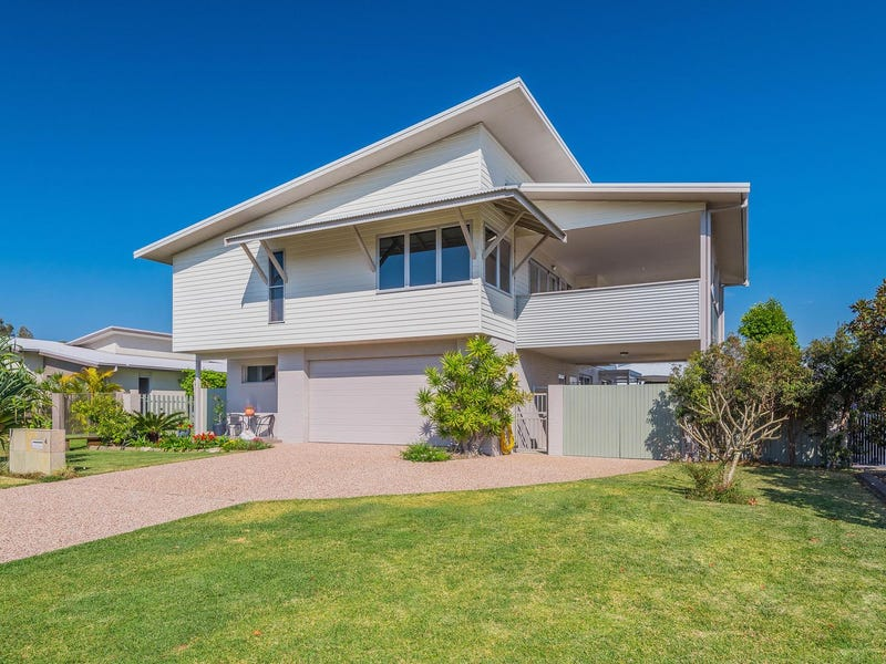 4 William Avenue, Yamba, NSW 2464