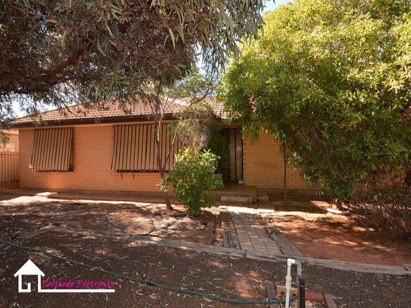 1 Cruickshank Avenue, Whyalla Stuart, SA 5608