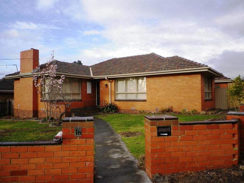 16 Cassinia Avenue, Ashwood, Vic 3147