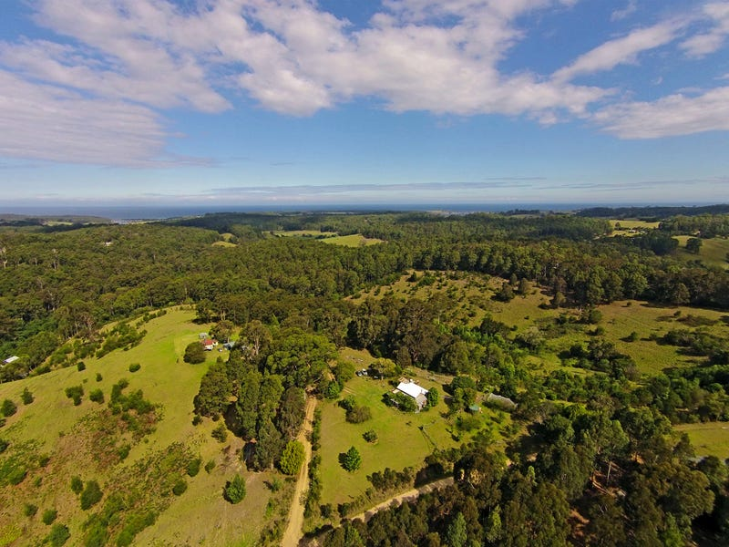 237 Ridge Rd, Central Tilba, NSW 2546