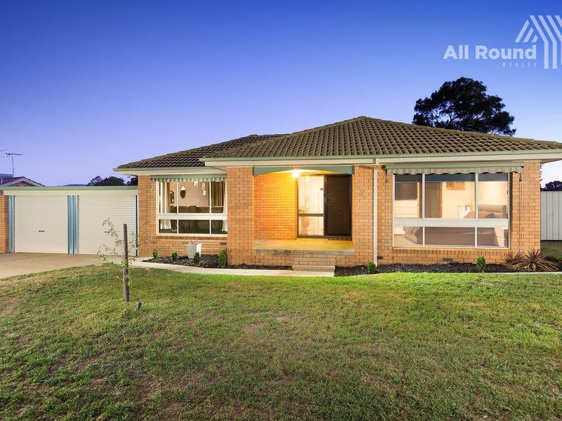2 Hotham Circuit, Thurgoona, NSW 2640