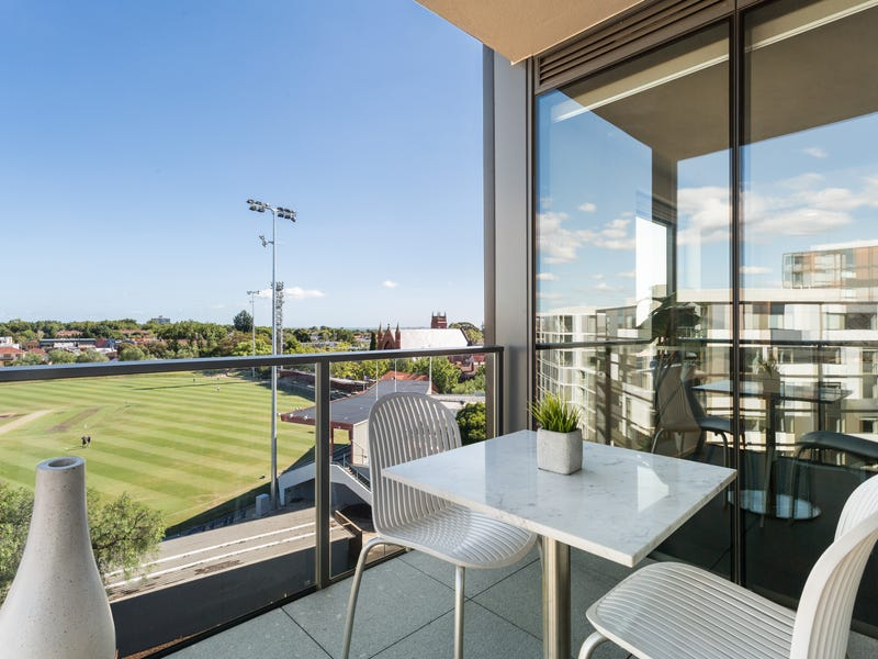 604/3 Evergreen Mews, Armadale, Vic 3143