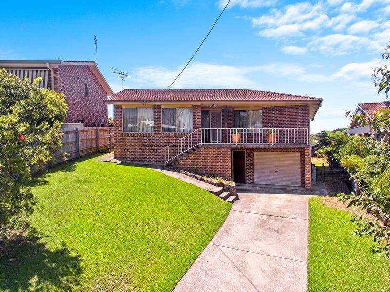 15 Collins Crescent, Narooma, NSW 2546
