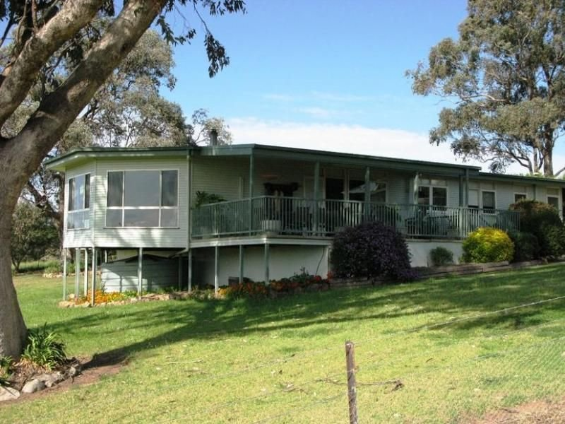- Peabody Road, Molong, NSW 2866