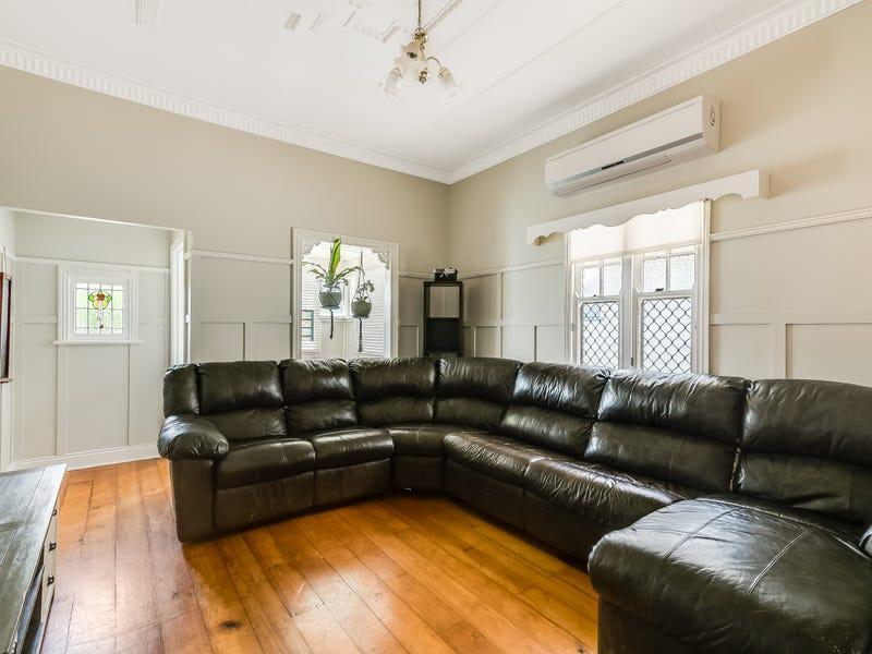 36 Haig Street, South Toowoomba, Qld 4350