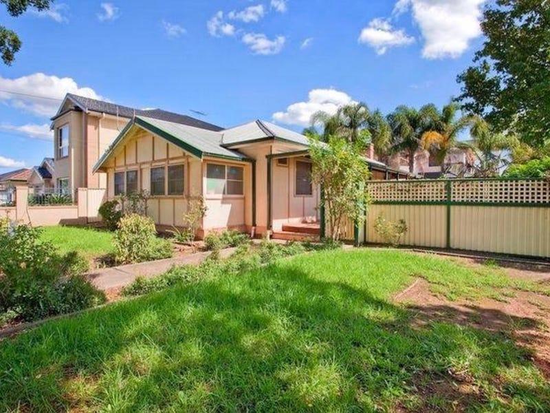 11 Granville Street, Fairfield Heights, NSW 2165