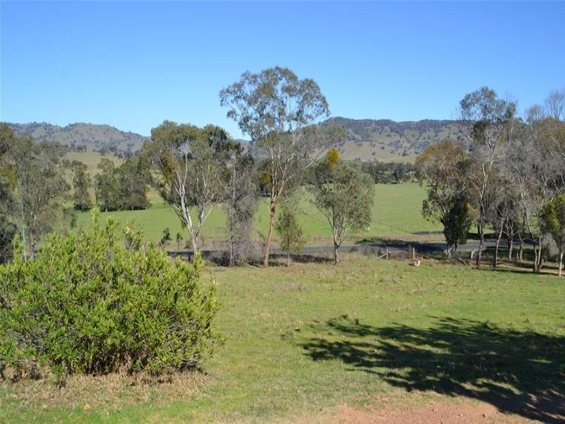 2015 Hill End Road, Grattai, NSW 2850