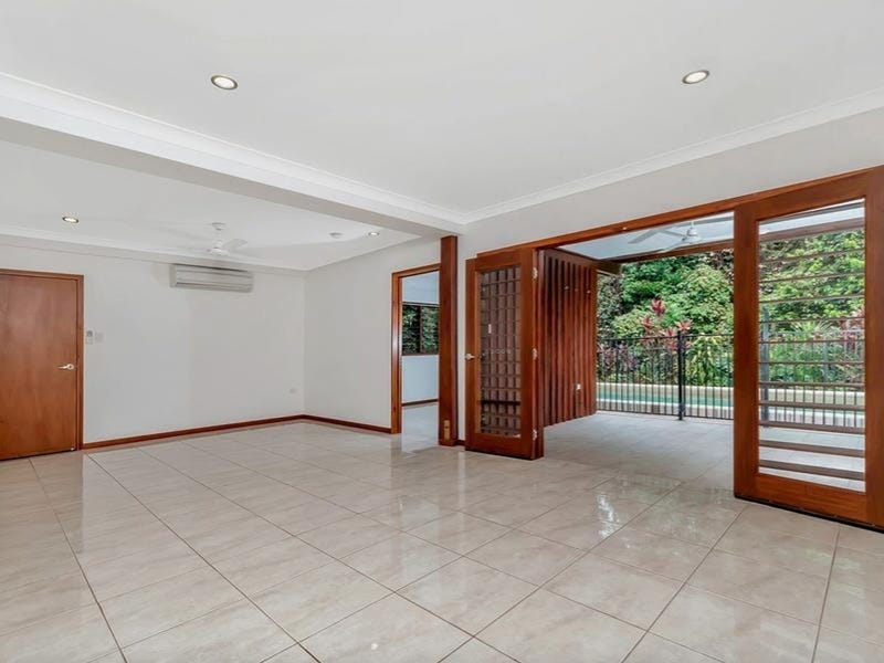 7 Birdwing Place, Caravonica, Qld 4878