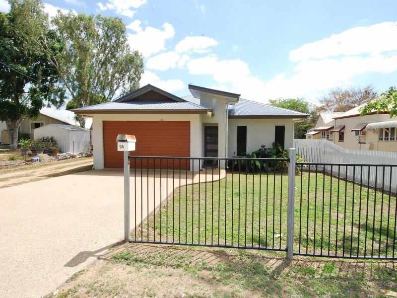 9a Oliver Street, Towers Hill, Qld 4820