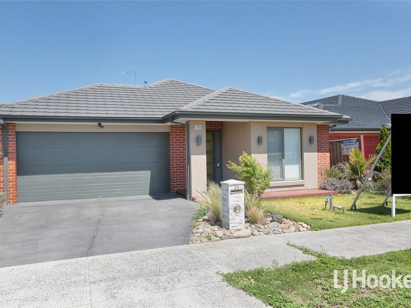 24 Mcwilliams Cres, Point Cook, Vic 3030