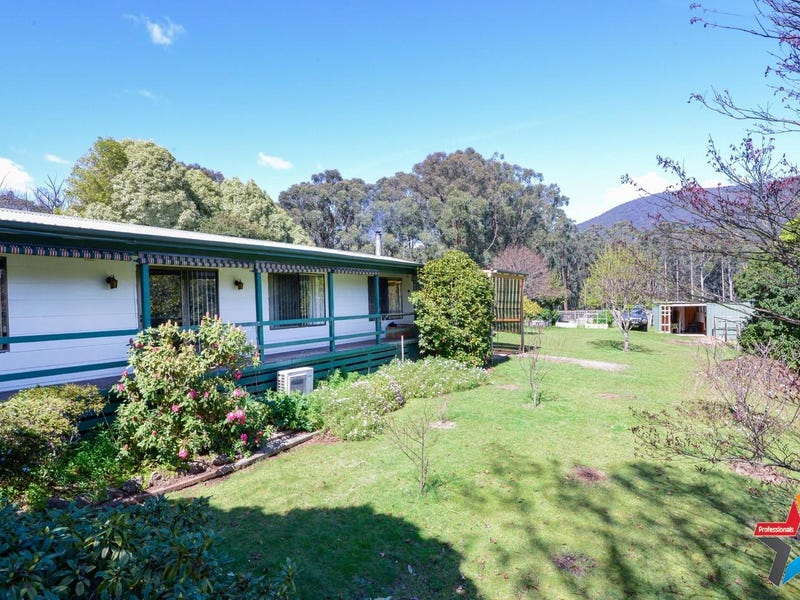 22 Rupert Road, East Warburton, Vic 3799