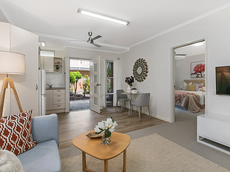 18/146 Capitol Drive, Mount Ommaney, Qld 4074