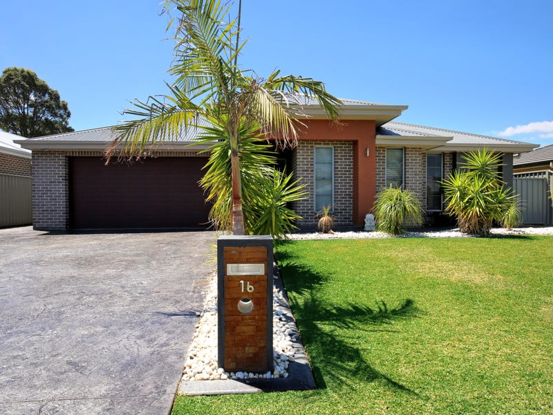 16 Somerset Avenue, South Nowra, NSW 2541