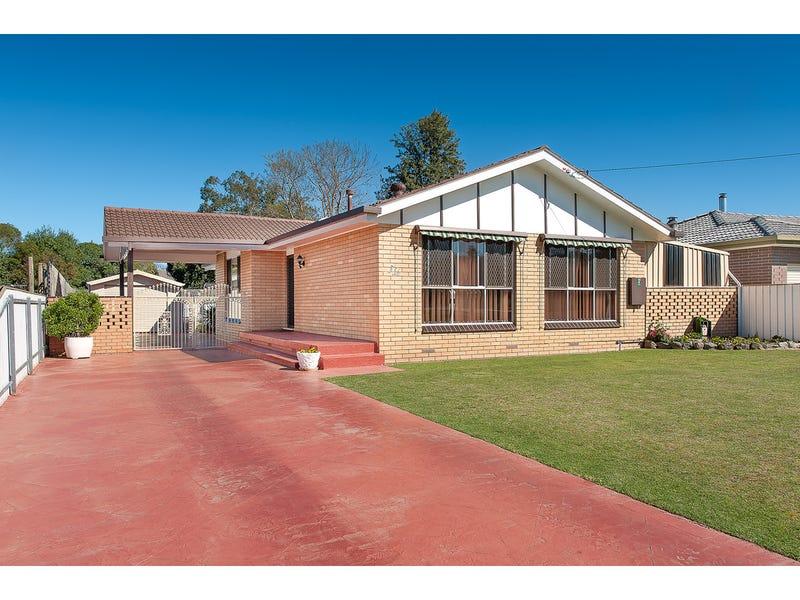 536 Mutsch Street, Lavington, NSW 2641