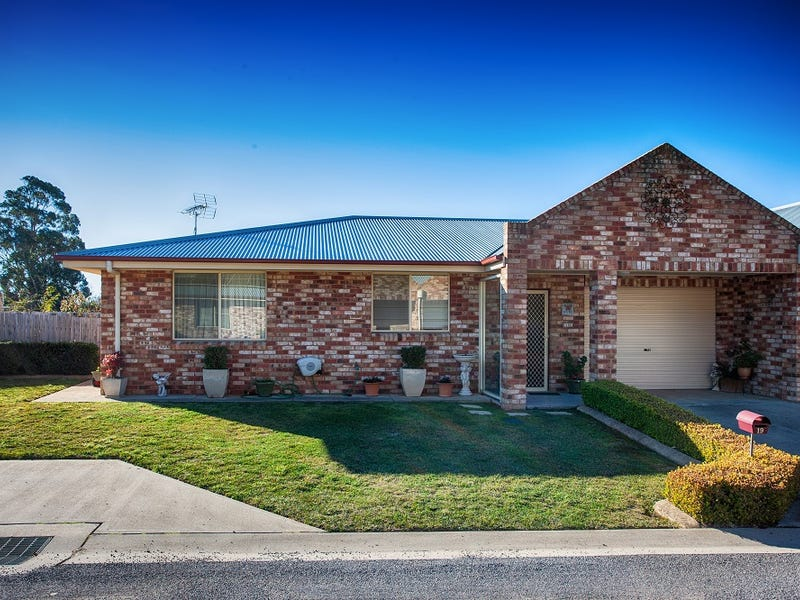 19 Picker Street, Crookwell, NSW 2583