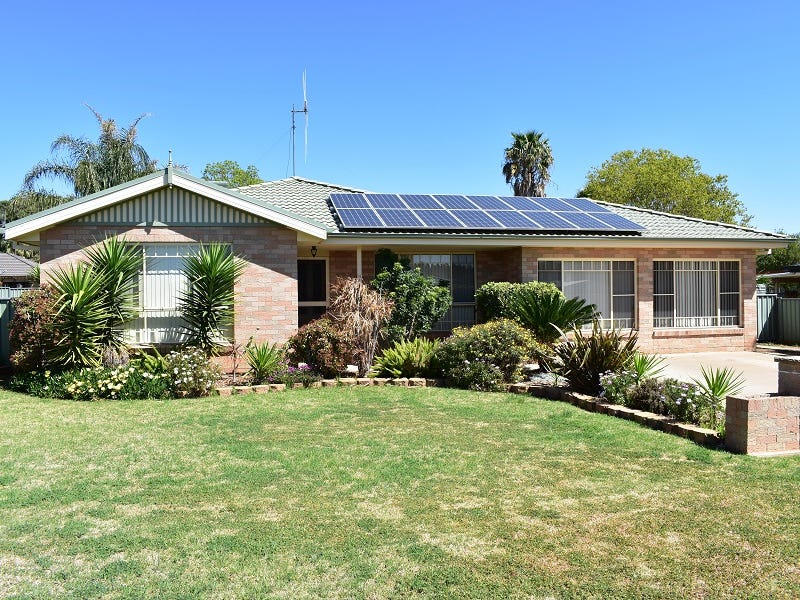 4 Avoca Place, Parkes, NSW 2870
