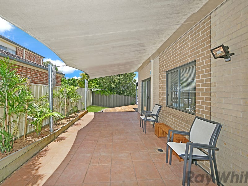 5a Daintree Crescent, Blue Haven, NSW 2262