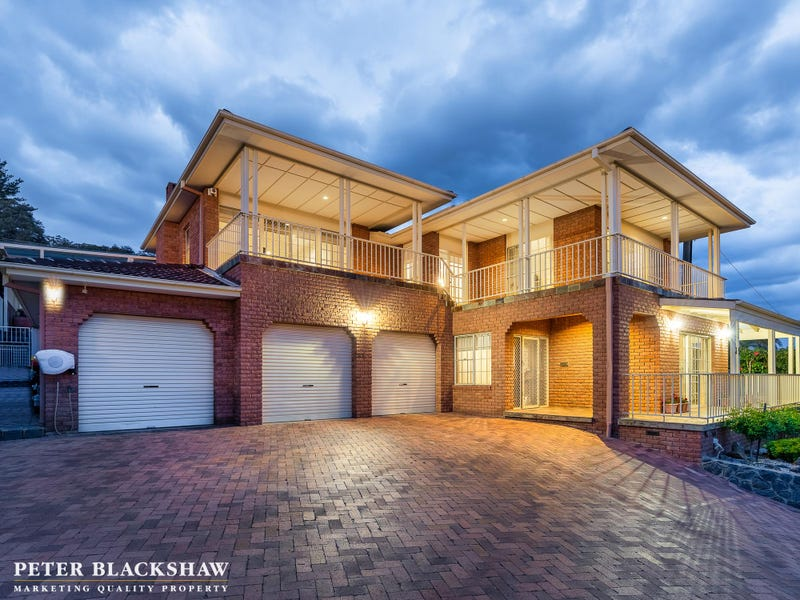 35 Whitty Crescent, Isaacs, ACT 2607